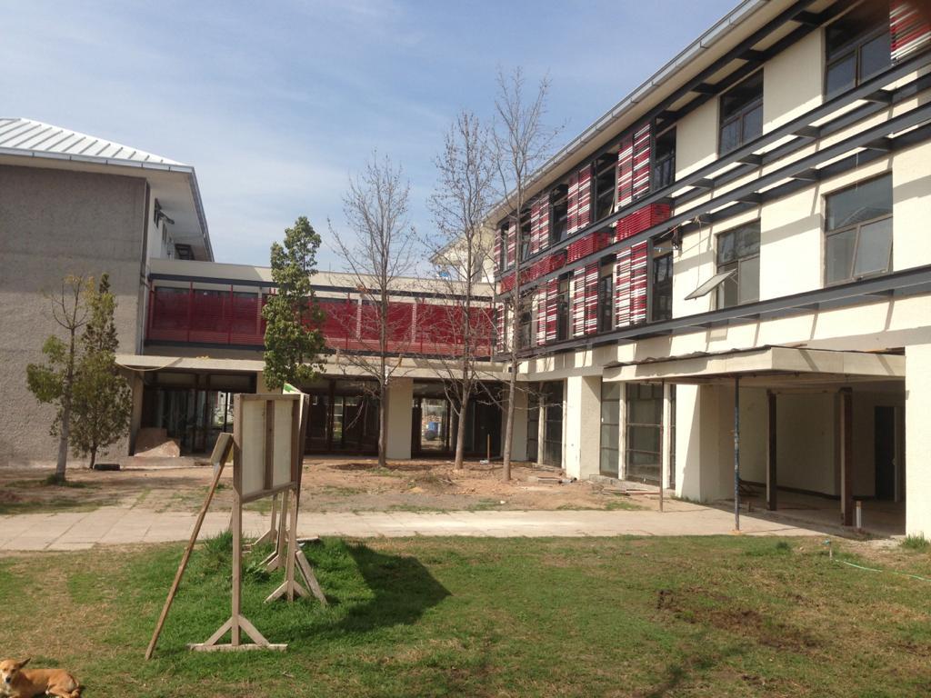 Escuela de sub oficiales de ejército. Msipu. Constructora MK 2